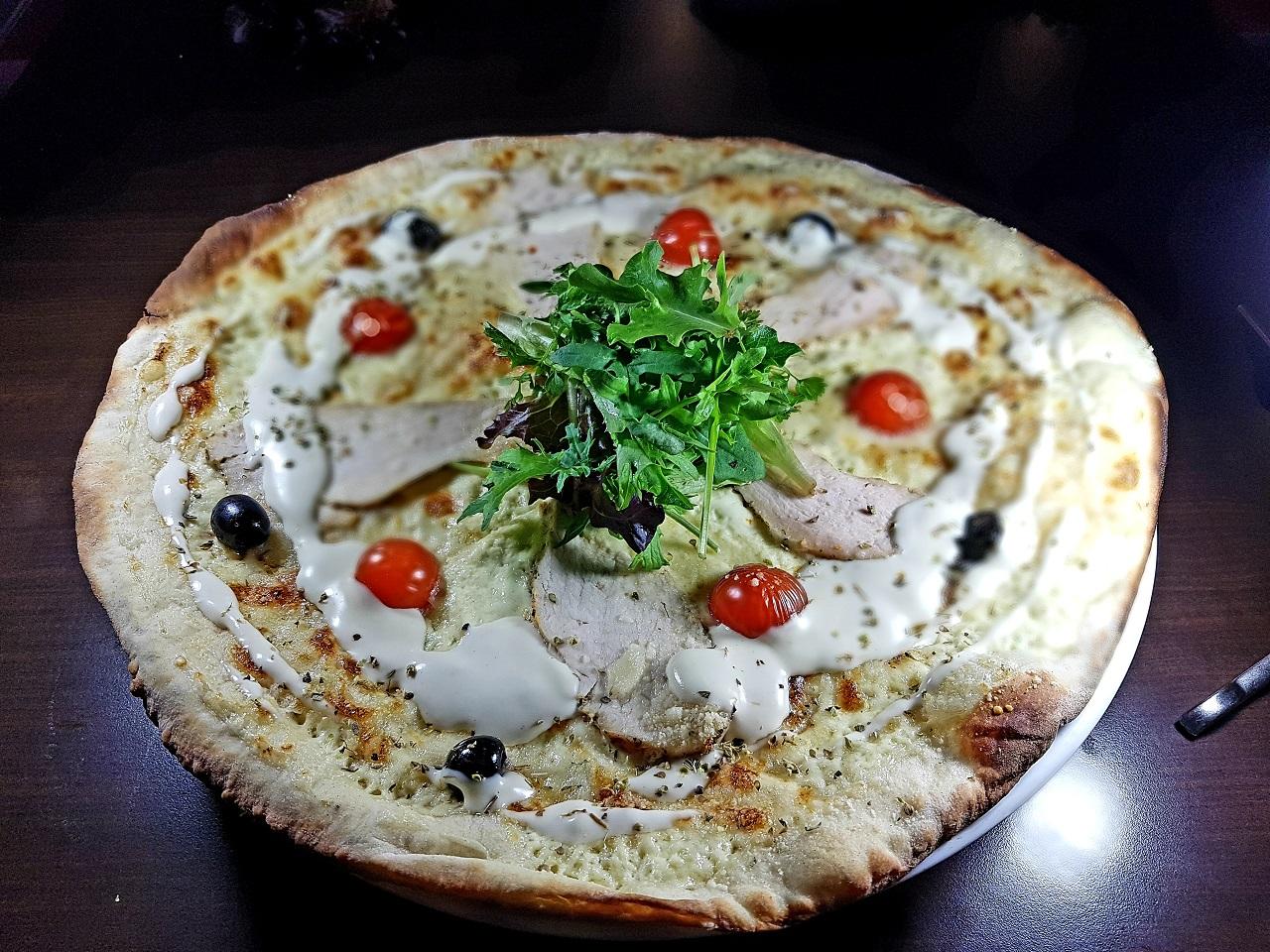 Pizza cesar1
